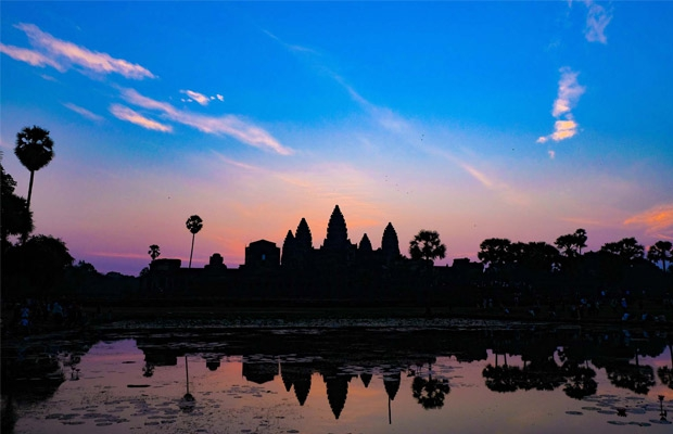 Angkor Golden Sunrise Tour: Full day